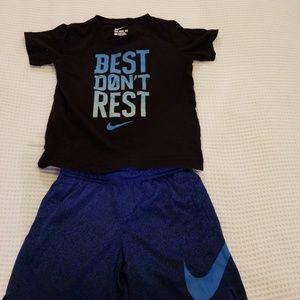 Nike kids short and tee set
